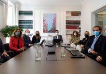 Sendra y Dictum firman acuerdo de colaboración
